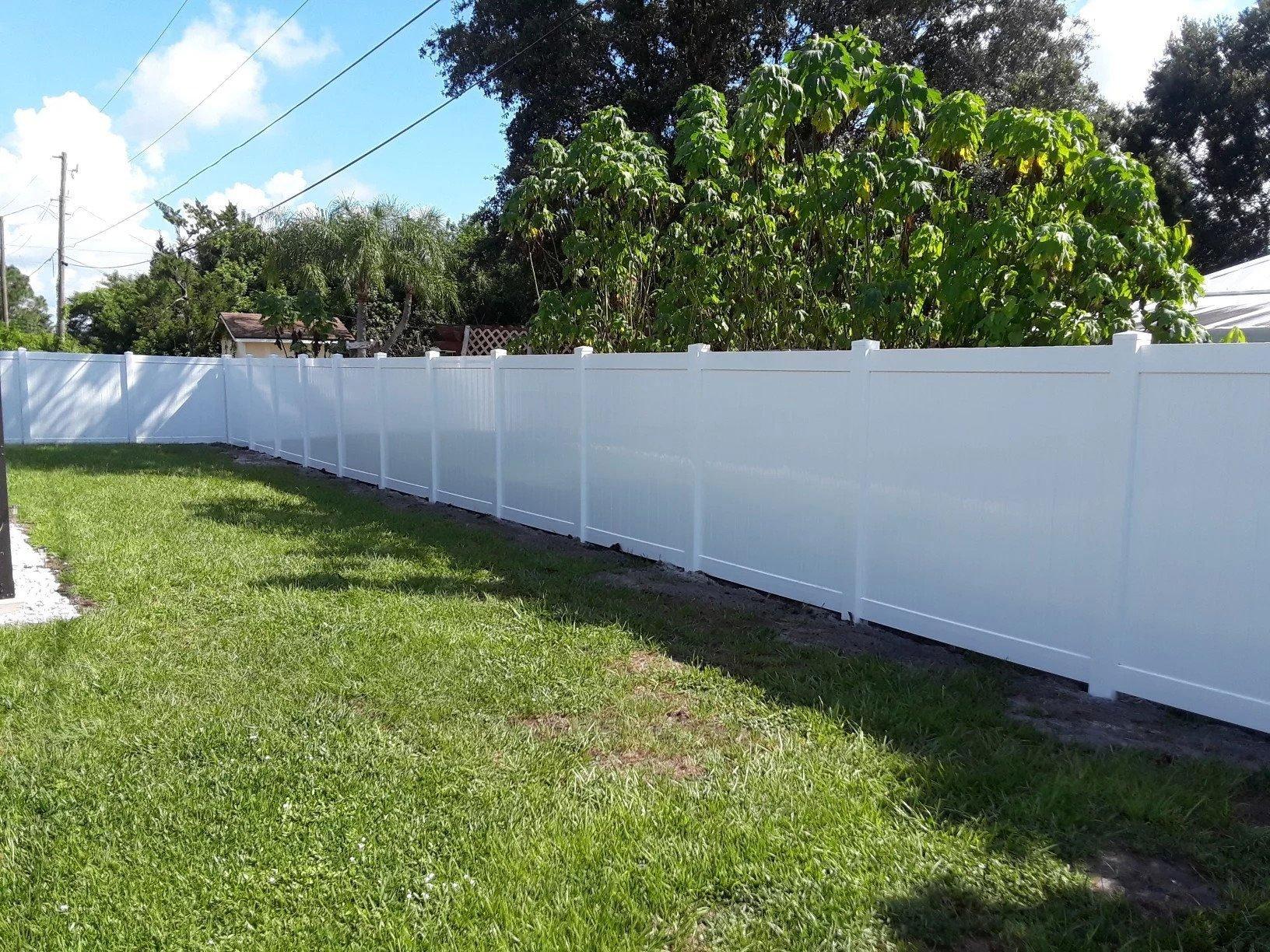 Vinyl-Fence-7